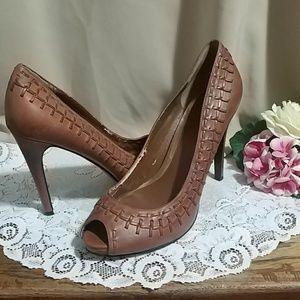 Ralph Lauren tan heels size 9M